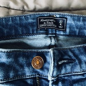 Women's Abercrombie and Fitch skinny jeans.